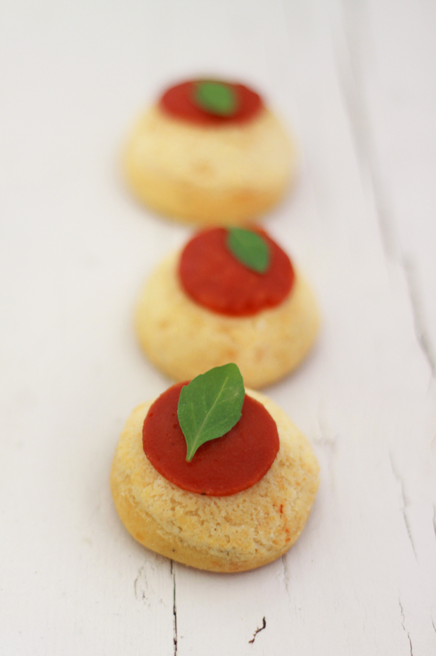 Choux tomates Mozzarella2 CHOUX TOMATES MOZZARELLA {BATTLE FOOD #7}