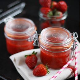 Soupe-de-fraises-au-basilic_AP