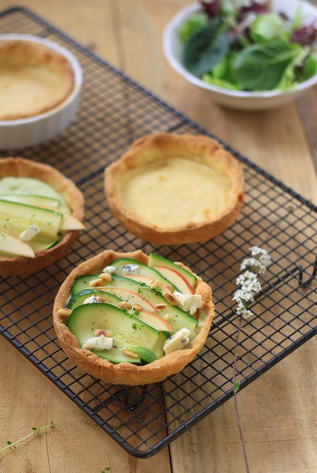 Tartelettes-courgettes-St-Agur-et-pommes1
