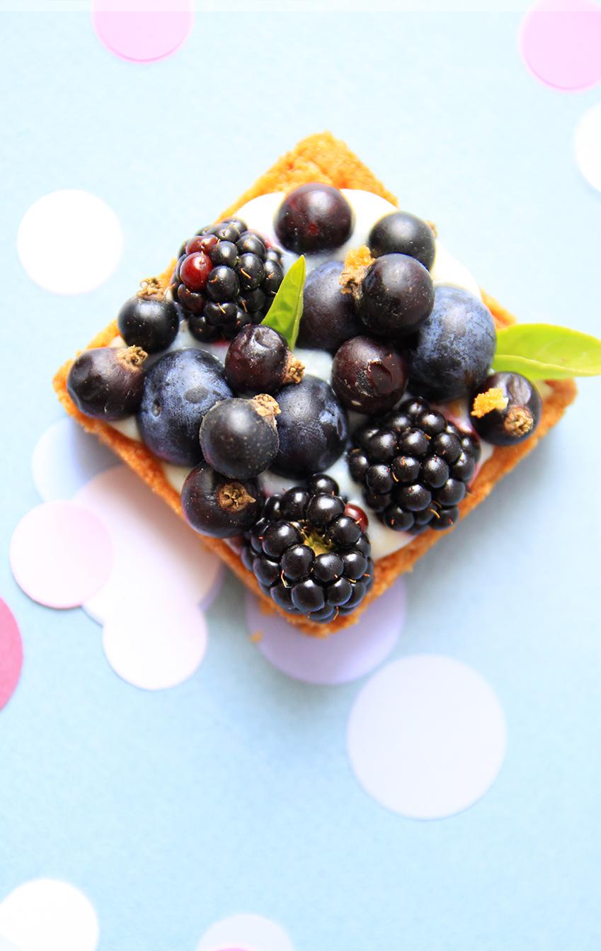 Tartes-aux-fruits-rouges-et-noirs_Pastis-51-3