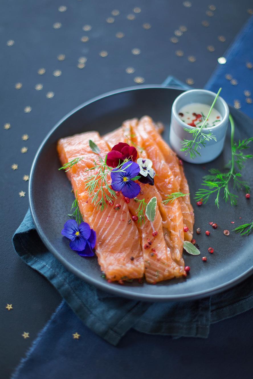 Saumon gravlax au thé des neiges ©Fraise & Basilic