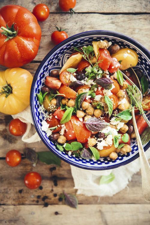 salade pic e la grecque tomates olives et feta fraise basilic. Black Bedroom Furniture Sets. Home Design Ideas