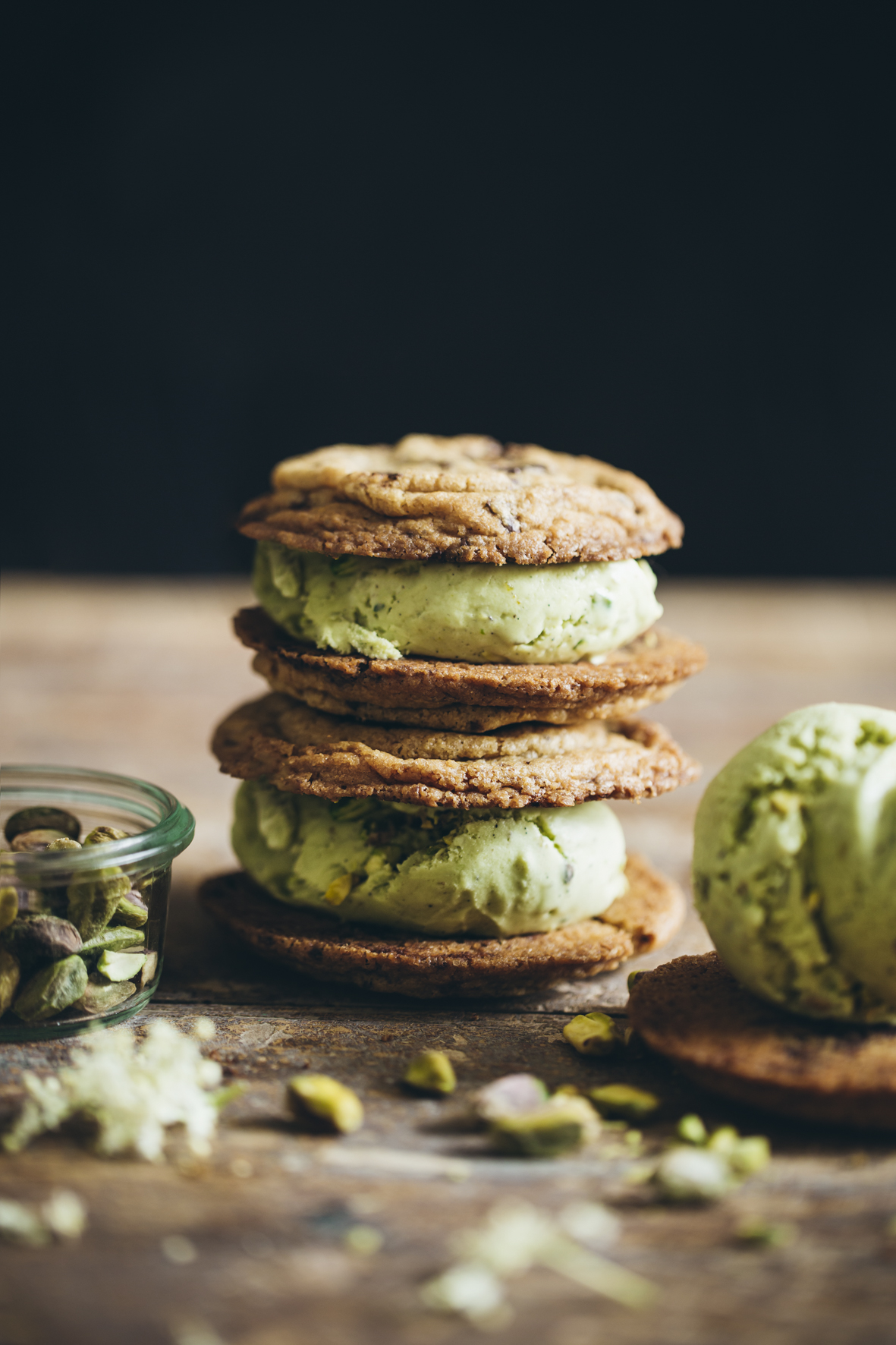Cookies ice cream sandwich à la pistache ©Sandrine Saadi