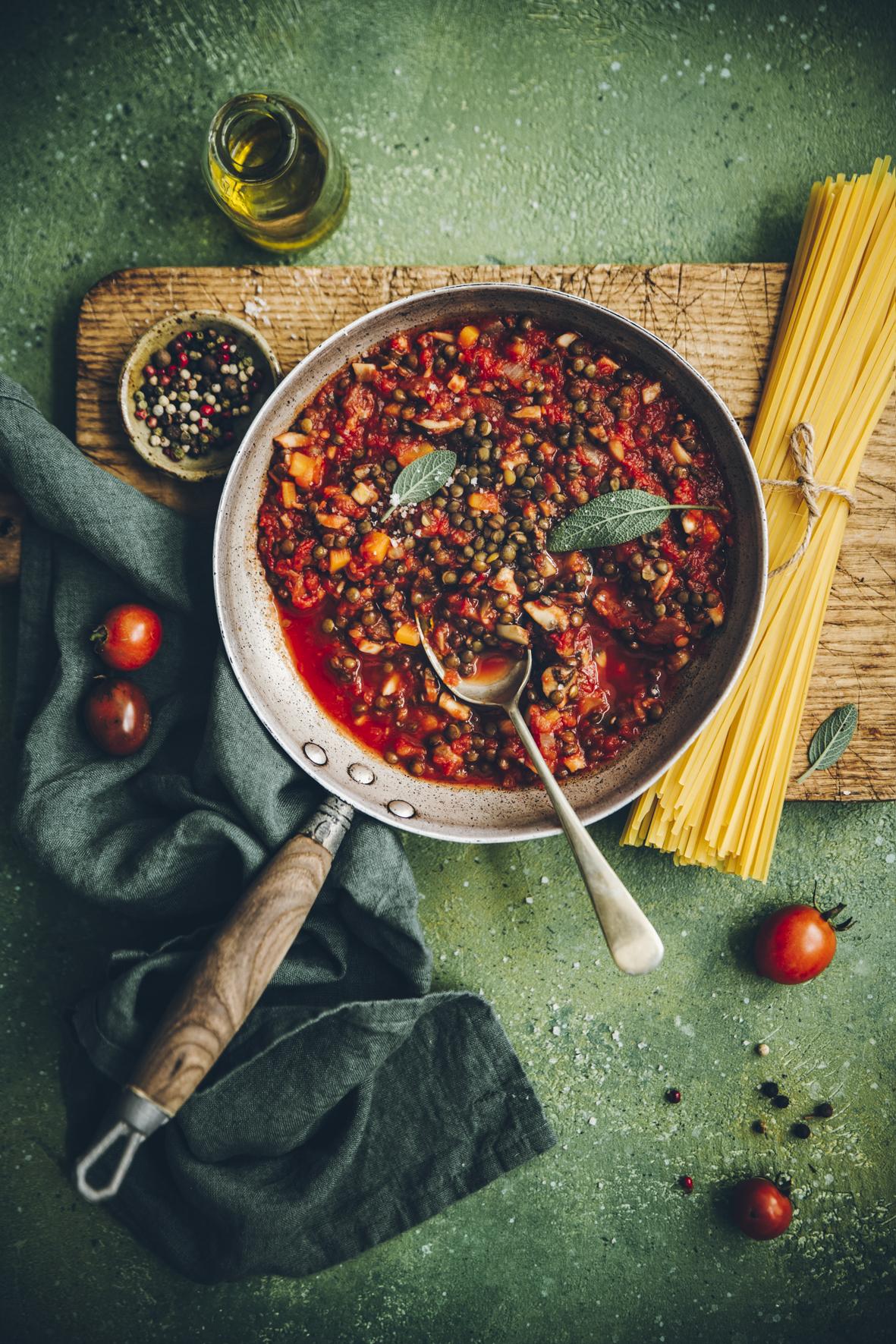 Bolognaise veggie aux lentilles et aux champignons ©Sandrine Saadi