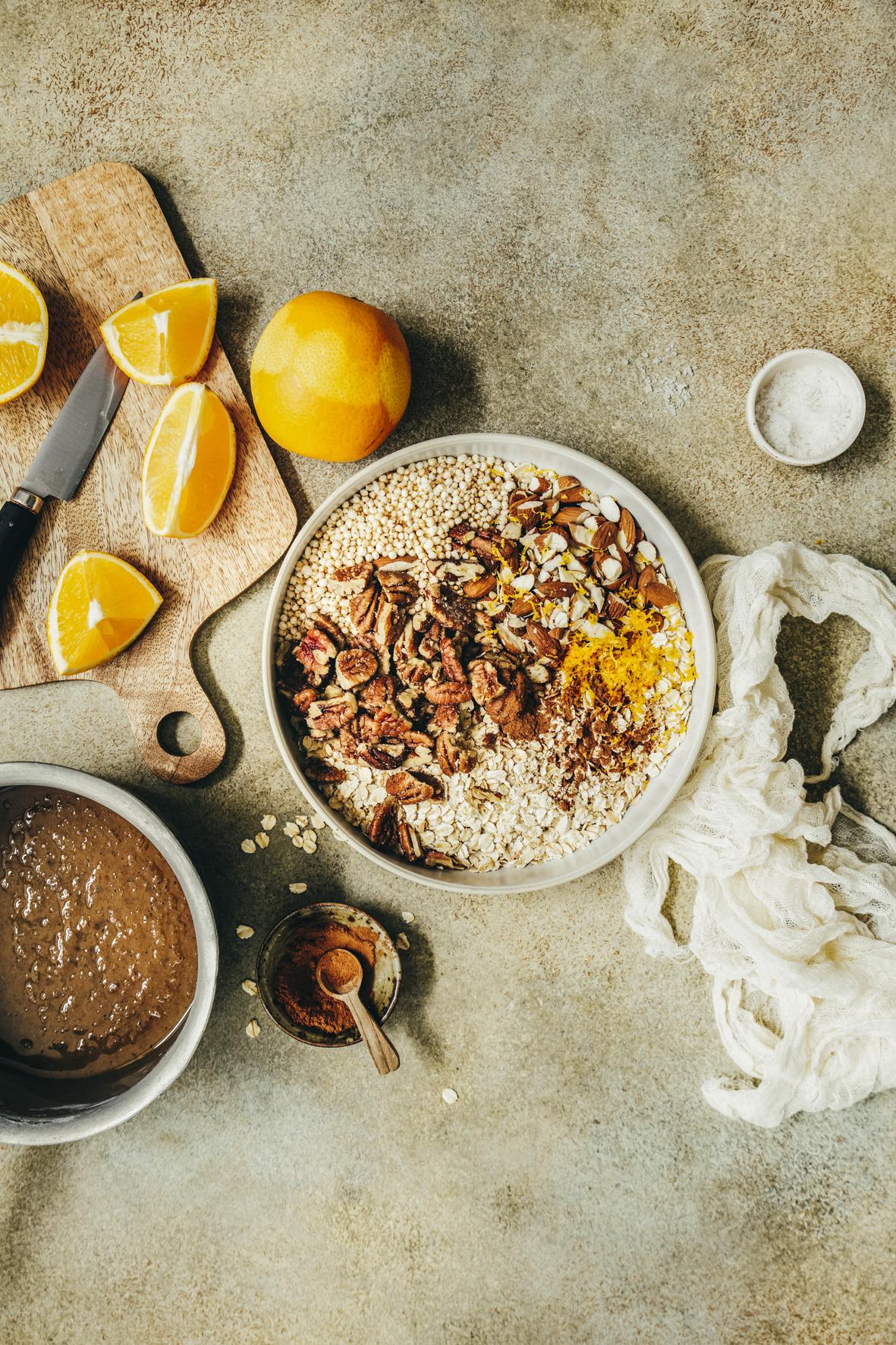 Granola à l'orange et aux noix de pécan ©Sandrine Saadi