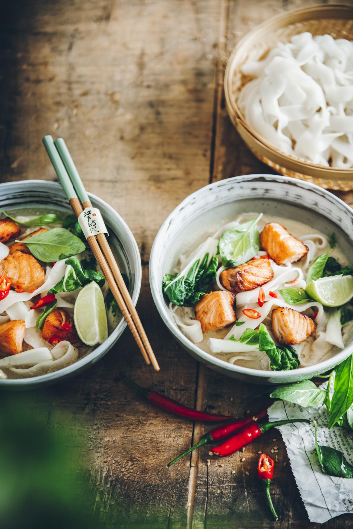 Soupe laksa au saumon ©Sandrine Saadi